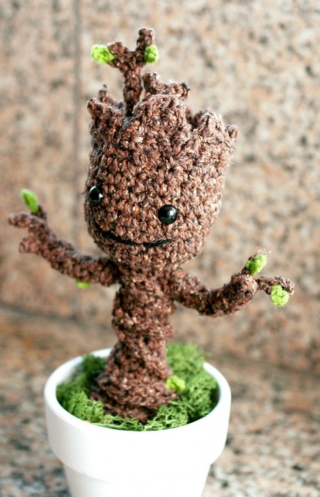 groot-crocheter-1