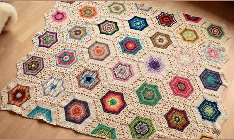 Inspirational Hexies Blanket Free Crochet Pattern