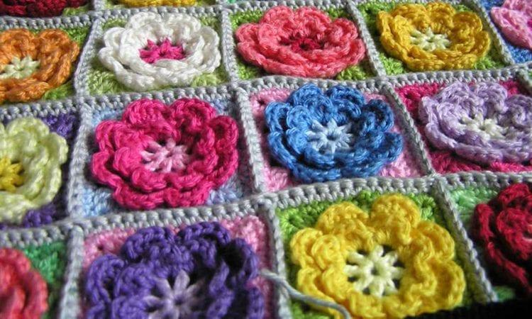 Easy Flower Square Free Crochet Pattern