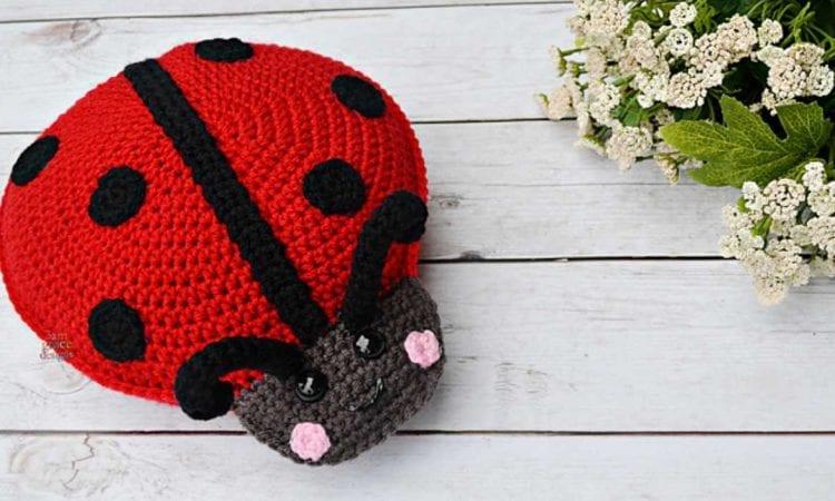 Ladybug Kawaii Cuddler Free Crochet Pattern