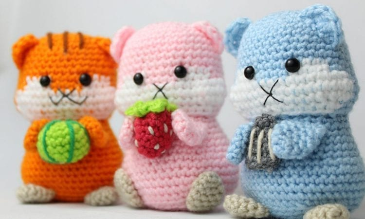 Snack Time Hamster Free Crochet Pattern