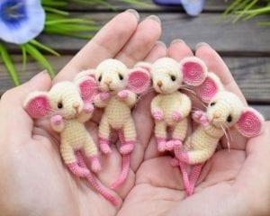 Cute Tiny Mice Free Crochet Pattern