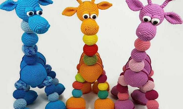 Amalka Giraffe Free Crochet Pattern | Your Crochet