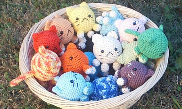 Roly Poly Cats Free Crochet Pattern